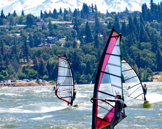 Hood River – The Wind Surfing Capital of the World