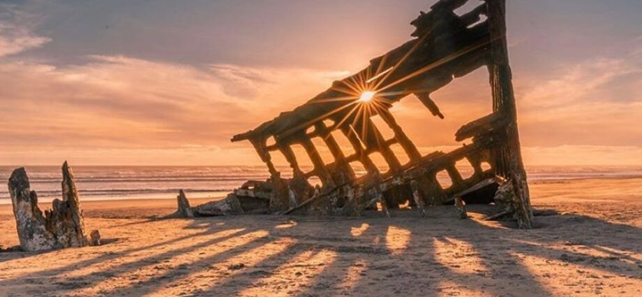 Peter Iredale Shipwreck, Ft. Stevens - Another Beautiful Shot by - @n1ck_on